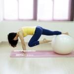 瑜珈教學115-抗力球-單腳屈膝往前