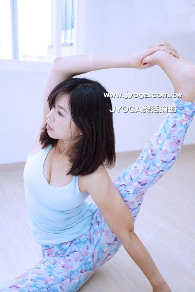 台南JYOGA樂活瑜珈-瑜珈教學-單腿側抬