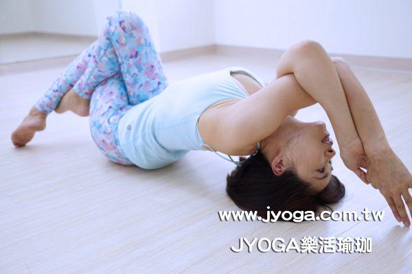 台南JYOGA樂活瑜珈-瑜珈教學-魚式變化