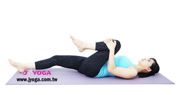 台南JYOGA樂活瑜珈-瑜珈教學-壓腿排氣式