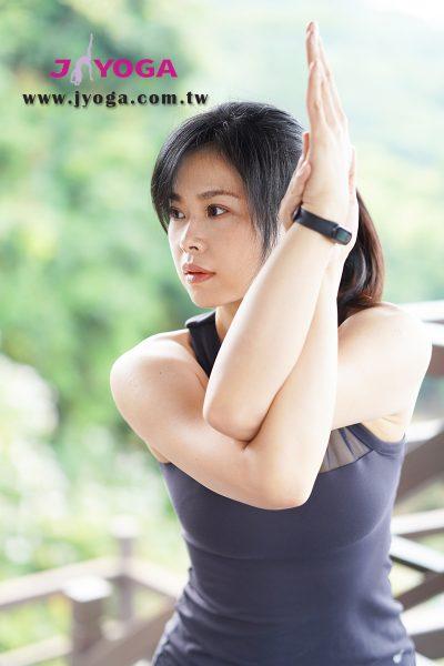 台南JYOGA樂活瑜珈-瑜珈教學-鷹式