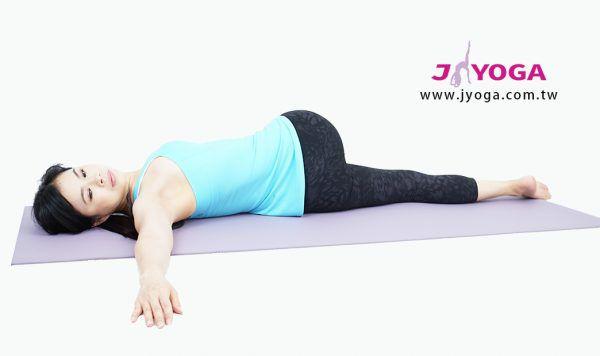 台南JYOGA樂活瑜珈-瑜珈教學-仰姿脊椎扭轉式